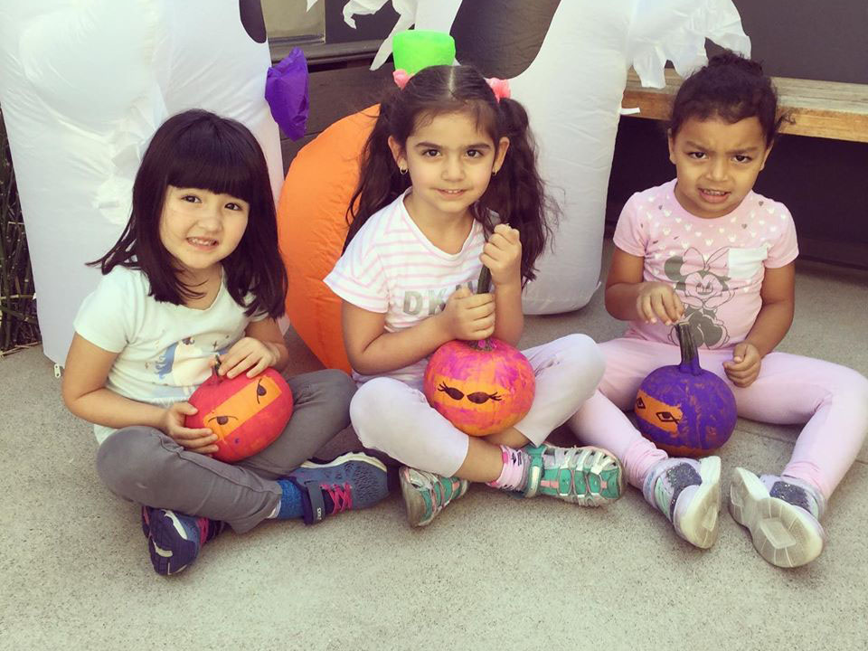 pre k girls at a Preschool & Daycare Serving North Hollywood, Santa Monica & Van Nuys, CA